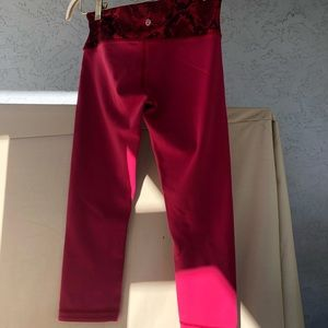 Red cropped Lululemon Legging